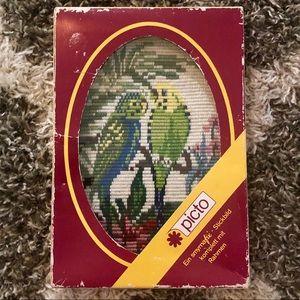 1980s Vintage Cross-stitch - Parakeet Design 🦜